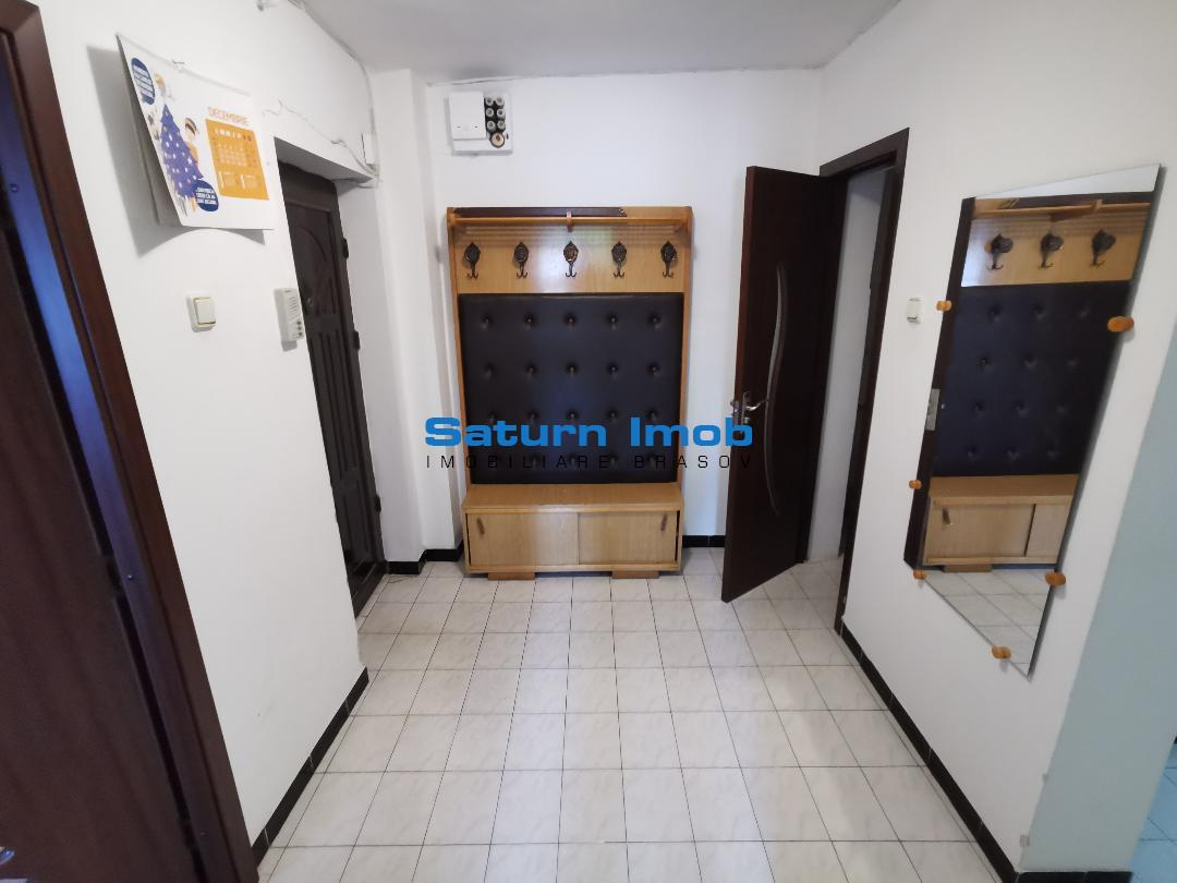 Inchiriem Apartament 3 Camere, Mobilat, Decomandat, Craiter