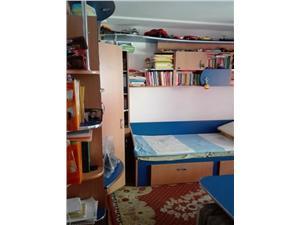 Vanzare apartament 2 camere decomandat zona Racadau