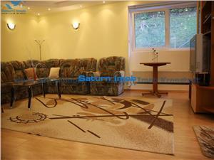Vanzare apartament 3 camere semidecomandat  zona Centrul Istoric