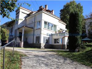 Apartament 4 camere la casa cu teren 530 mp in zona Schei