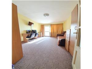 Vanzare apartament 2 camere, zona Triaj, etajul 2/8, insorit