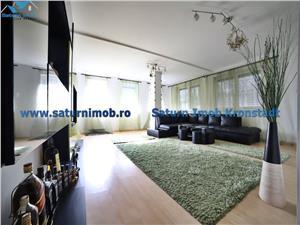 Vanzare apartament 3 camere decomandat , zona Avantgarden1