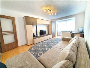 Vanzare apartament 2 camere, decomandat, zona Astra, renovat, insorit