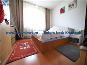 Vanzare Apartament 3 camere , decomandat 2 bai  zona Tractorul