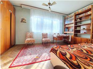 Vanzare apartament 3 camere, zona Astra-Soarelui, etajul 1/4, insorit