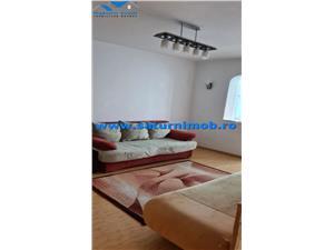 Vanzare apartament 4 camere decomandat zona Centru Civic