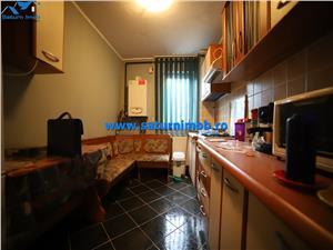Vanzare apartament 2 camere semidecomand zona Noua