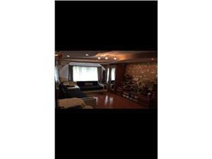 Vanzare apartament 3 camere decomandat zona Racadau
