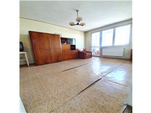 Vanzare apartament 2 camere, zona Grivitei, circular,etaj 6/10,insorit