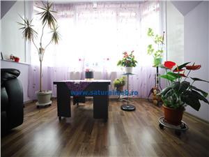 Vanzare apartament 3 camere decomandat zona Piata Tractorul