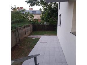 Apartament 3 camere curte 80mp Tepes Voda