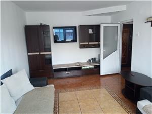 Inchiriere apartament 3 camere decomandat zona Centrul Civic