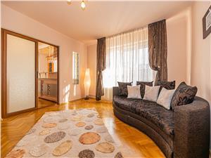 Vanzare apartament 2 camere, decomandat, Ultracentral, mobilat/utilat