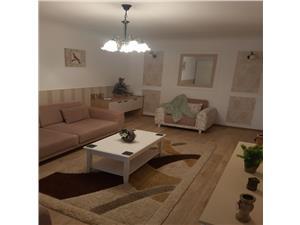Vanzare  apartament de 2 camere mobilat si utilat decomandat zona Tractorul