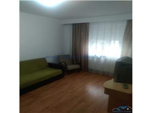 Inchiriere apartament 2 camere decomandat zona Florilor