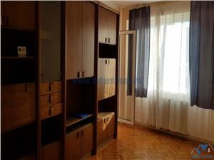 Apartament 3 camere circular etaj intermediar zona Astra