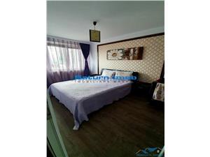 Vanzare apartament 3 camere decomandat mobilat utilat zona Centrul Civic -CEC