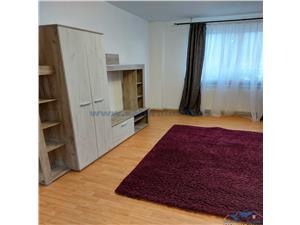 Inchiriere Apartament 3 Camere Semidecomandat in zona Noua