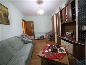 Vanzare apartament 3 camere  decomandat mobilat utilat zona Judetean