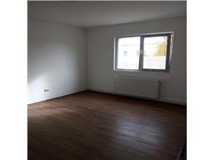 Vindem apartament 3 cam zona Florilor,